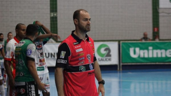 Luciano Neves